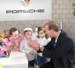 Zauberer & Mentalist Stuttgart Christian verzaubert die Firma Porsche