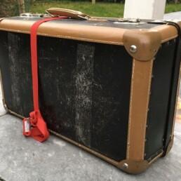 Der verschlosse Koffer mit der Spielvorhersage vom Zauberer aus Stuttgart
